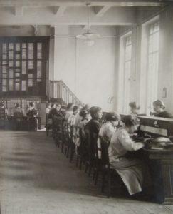 Salle des annotations au bureau central interurbain
